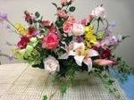 お祝いに高級造花