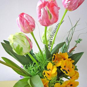 チューリップ造花.jpg
